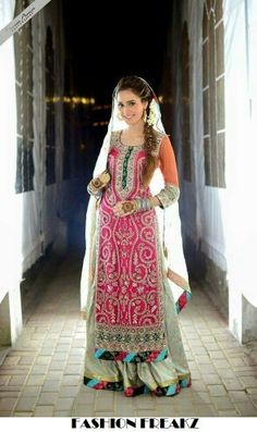 Pink Mehndi outfit
