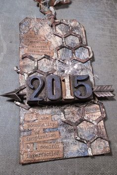 that crazy chick: New Possibilities using Tim Holtz, Ranger, Sizzix and Stamper's Anonymous products; Jan 2015
