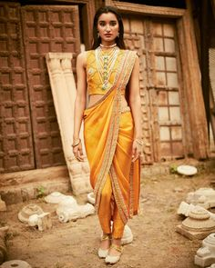 Are you bored of the old-fashioned saree draping styles? We have some awesome and unique saree draping styles for you. Saree Draping Styles, Drape Sarees, Saree Styles, Dhoti Saree, Churidar, Khada Dupatta, Anarkali, Salwar Kameez, Indian Attire