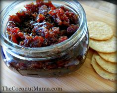 What is bacon jam? Bacon jam is a spread of sweet and savory deliciousness with the goodness of bacon. You can serve bacon jam with crackers, over baked brie (my favorite) or spread it on sandwiches and hamburgers. Jam Recipes, Canning Recipes, Paleo Recipes, Whole Food Recipes, What Is Bacon, Chutney, Sauces, Bacon Jam, So Little Time