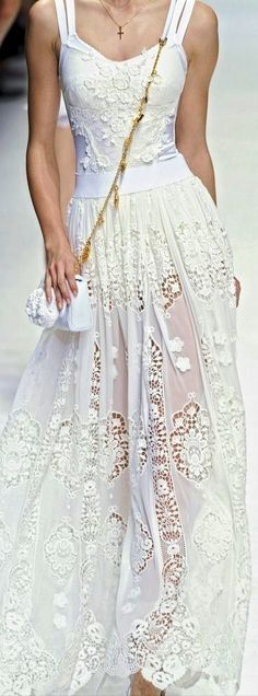 Dolce & Gabbana with pretty slip a a different color