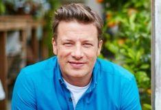 Jamie Oliver szerint ezért zártak be az éttermei Hillary Clinton Book, Union Square Nyc, Terry Mcmillan, Alison Sweeney, Malcolm Gladwell, Tegan And Sara, Nicholas Sparks, Kendall And Kylie Jenner