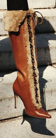 Manolo Blahnik boots via Manolo Blahnik Heels, Sexy Boots, Hot Shoes, Mode Style, Beautiful Shoes, Fashion Boots, Me Too Shoes, Bootie Boots, Fur Boots