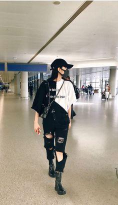Egirl Fashion, Korean Girl Fashion, Kpop Fashion Outfits, Ulzzang Fashion, Tomboy Fashion, Edgy Outfits, Korean Outfits, Grunge Outfits, Cute Casual Outfits