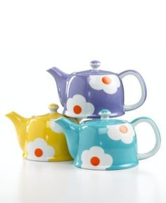 cute daisy teapots from Macy's
