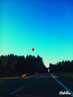 #Baloon#high#up#in#the#air