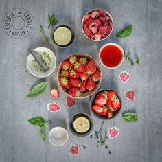 Limonade fraises-rhubarbe-basilic - Recettes fraises et petits fruits. Rien de tel pour échapper à la chaleur de l'été!