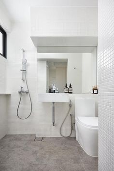 7 Timeless Bathroom Surface Alternatives to the White Subway Tile Timeless Bathroom, Modern Master Bathroom, Minimalist Bathroom, Minimalist House, Ada Bathroom, White Bathroom, Small Bathroom, Bathroom Layout, Bathrooms