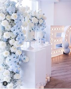 with ・・・ I had the pleasure of working with the lovely Lisa from Blue Wedding Decorations, Quince Decorations, Quinceanera Decorations, Wedding Themes, Wedding Colors, Wedding Flowers, Wedding Ideas, Cinderella Sweet 16, Cinderella Theme