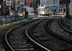 大塚駅南口付近 FL75㎜、f10、ISO200、SS1/30、-1.7EV、絞り優先AE、WB:Auto