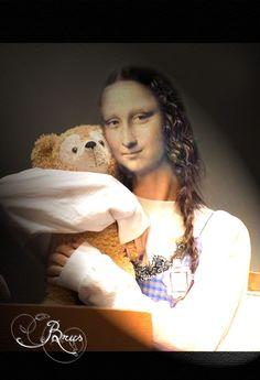 Brus© Famous Women, Mona Lisa, Mood, Animals, Image, Beautiful, Butterflies, Walls, Fish