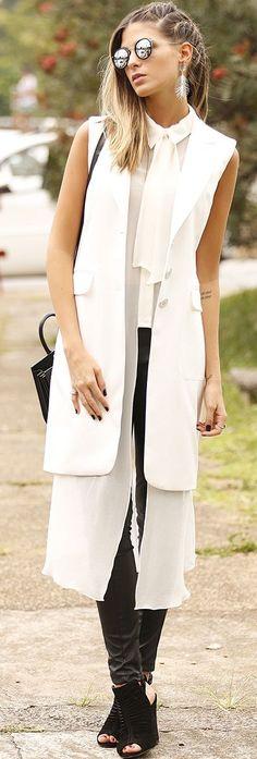 Anna Fasano Black And White White Cascading Layers Fall Streetstyle Inspo #Fashionistas