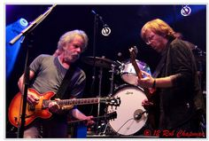Bobby Trey Phish Dead Derek Trucks, Best Guitar Players, The Jam Band, Phish, Film Music Books, Eric Clapton, Kinds Of Music, My Favorite Music, I Love Him