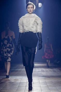 Lanvin Ready To Wear Fall Winter 2013 Paris - NOWFASHION
