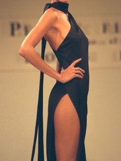 Gisele Bundchen for Roberto Cavalli~ on We Heart It Versace Fashion, 90s Fashion, Couture Fashion, Runway Fashion, Fashion Models, Fashion Show, Fashion Outfits, Vintage Fashion, Basic Outfits