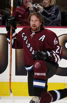 Totally wish the Avs could clone Forsberg and Sakic and Roy and ...unstopable 2001