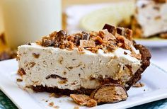 Frozen Peanut Butter Butterfinger Pie - No bake!! Just mix and stick in the freezer. Dessert this simple is dangerous in my house!!