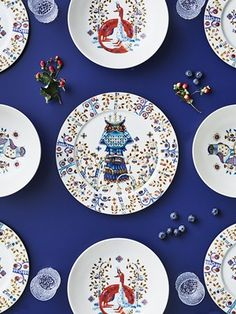 Taika dinnerware by Klaus Haapaniemi for Iittala vm Dinner Ware, Blue China, China Patterns, Home Accessories, Scandinavian, Branding Design, Decorative Plates, Pottery, Dishes