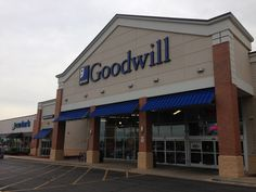 Retail space available in Bolingbrook, IL
