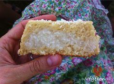 20150719-6 Krispie Treats, Rice Krispies, Dessert Aux Fruits, Desserts Fruits, Gateaux Vegan, Tupperware, Vanilla Cake, Sweet Tooth, Cookies