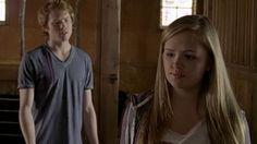 Austin Mars (Wesley MacInnes) Mallory Wells (Jessica Amlee).