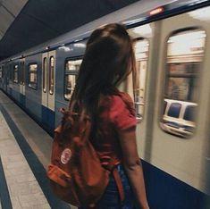 57 Ideas Training Aesthetic Grunge For 2019 Aesthetic Photo, Aesthetic Girl, Aesthetic Grunge Tumblr, Travel Aesthetic, Photo Pour Instagram, Instagram Posts, Disney Instagram, Ulzzang Girl Fashion, Rauch Fotografie