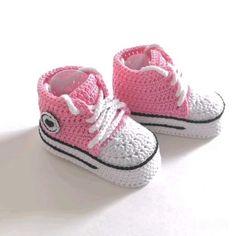 Baby Booties Knitting Pattern, Crochet Baby Boots, Baby Shoes Pattern, Booties Crochet, Crochet Baby Clothes, Crochet Shoes, Crochet Slippers, Baby Knitting, Crochet Pattern