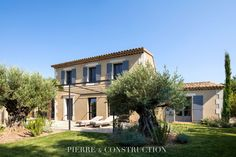 Provence, Architecture, Construction, Sweet Home, Flooring, Modern Homes, Mansions, House Styles, Villas