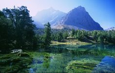 The Fannsky Gory (Russian for Fan Mountains - sometimes also Fann Mountains) are situated in Tajikistan (near the border to Usbekistan). The Places Youll Go, Places To See, Beautiful World, Beautiful Places, Serenity Now, Meet Locals, Central Asia, Habitats, Travel Destinations