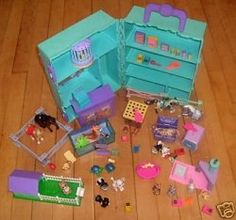 """if you played with the *original* littlest pet shop toys with the portable aqua pet shop """"box"""""""