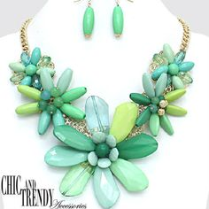 """TRENDY ULTRA SUPER CHUNKY"" MULTI  GREEN FLOWERS Necklace Set*CHIC & TRENDY"