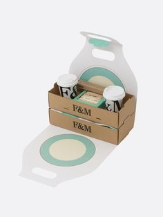 stacking section in hamper Bakery Packaging, Food Packaging Design, Coffee Packaging, Bottle Packaging, Food Design, Design Design, Graphic Design, Custom Printed Boxes, Map Projects