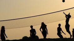 """Quali sport praticano gli italiani http://www.sapereweb.it/quali-sport-praticano-gli-italiani/         (Foto: Conanil/Flickr CC)  Crescono esponenzialmente gli atleti tesserati in Italia. Nel 2013 se ne contano 4.500.327, ben un milione in più rispetto ai 3.415.305 di 10 anni fa (+31,8%). A dirlo è il rapporto """"I numeri dello sport"""", redatto dal Coni in..."""