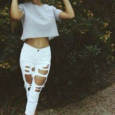 Who doesn't love ripped jeans