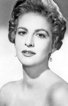 Actriz Cubana Carmen Montejo. Estrella del cine Mexicano