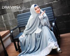 Model Gamis Lyra Virna Syar'i Terbaru Muslim Dress, Hijab Dress, Hijab Outfit, Hijab Niqab, Mode Hijab, Abaya Fashion, Fashion Dresses, Beautiful Muslim Women, Wedding Hijab