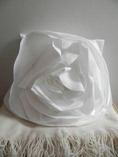 Rose Pillow | A Détacher