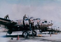 """Boeing B-17 5 Grand   The Story of """"5 Grand"""", the 5,000th B-17 Flying Fortress Built"""