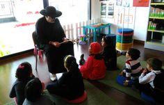 Sesión de lectura de cuentos terroríficos. Halloween en la Biblioteca Parque Coimbra de Móstoles. Octubre 2015. http://bibliotecademostoles.wordpress.com http://www.bibliotecaspublicas.es/mostoles