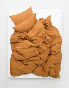 Exclusive Yarn Dyed Egyptian cotton 600 TC duvet covers and pillows, true Italian luxury bedding at ZigZagZurich. Egyptian Cotton Duvet Cover, Italian Hot, Weaving Process, Lifestyle Shop, Duvet Sets, Home Textile, Luxury Bedding, Home Furnishings, Duvet Covers