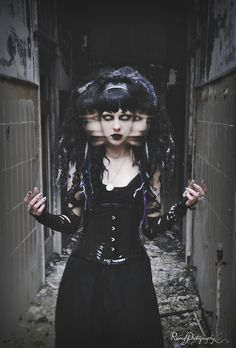 """psychara: """" by Romy Photography ! more coming up! make sure to give her page a like, she probably uploads them before me! Corset Tattoo, Evil Girl, Dark Blood, Dark Princess, Gothic Looks, Witch Outfit, Goth Model, Modern Witch, Halloween Fashion"""