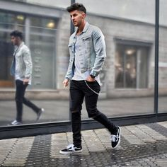 Amazing 42 Best Men's Casual Outfits for Summer Ideas http://clothme.net/2018/02/24/42-best-mens-casual-outfits-summer-ideas/ #men'scasualoutfits