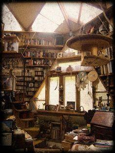 treehouse interior 1