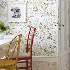 Flora wallpaper - white - Sandberg Tyg & Tapet