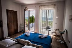 Natura Hill Zebegény - Földszint - Mákvirág szoba Oversized Mirror, Furniture, Ideas, Home Decor, Decoration Home, Room Decor, Home Furnishings, Home Interior Design, Thoughts