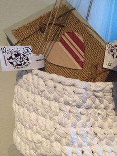 #heartonthewall #flowerhanging #vaniljavalencienne #bongaavanilja #ilove #vaniljagoesneidonkeidas  Orders: vaniljavalencienne@gmail.com, FB-message, 040-2181020 text or WhatsApp-message. Pick it up free from Neidonkeidas, Lohja, on my own ways Inkoo-Kirkkonummi-Espoo-Lohja-Karjaa, sometimes also Helsinki or by post, the buyer pays the post charge.