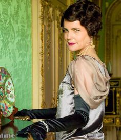 Elizabeth McGovern as Cora Crawley, Countess of Grantham, in Downton Abbey