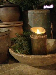 Simple warmth. #sharonrenninger #primitives #fleamarketfinds #vintage