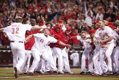 Cincinnati Reds win the NL Central, 2010