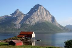 Book a stay in a Historic Hotel Norway Viking, Beautiful Norway, Lapland Finland, Scandinavian Countries, Lofoten, Iceland Travel, Continents, The Good Place, Traveling By Yourself